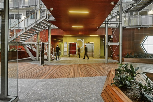 gallery-lifestyle-working-collins-street-1